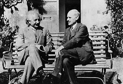 '아인슈타인과 에딩턴' 관람을 위한 1+1 행사