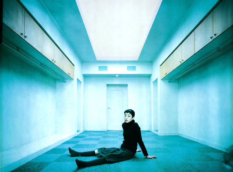 토니 타키타니 (トニー滝谷, 2004), 무라카미 하루키의 소설을 영화로 만들면 어떤 느낌일까?